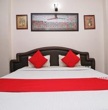 OYO Flagship 41203 Sai Kripa Inn