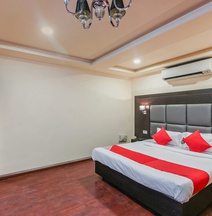 OYO 22412 Flagship Hotel Sai Prakash