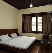 Spot On 27988 Loknath Bibah Bhawan And Lodge