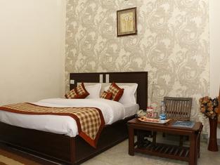 OYO 6851 Hotel Atithi