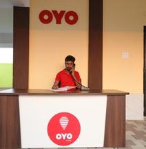 OYO 30905 UK Villa