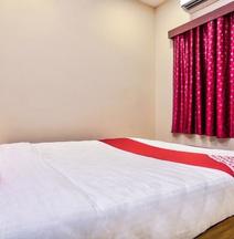OYO 29878 Sri Abirami Inn