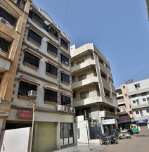 Spot ON 40871 Hotel Tirupati