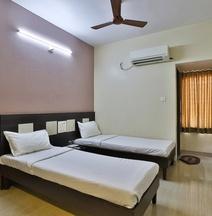 Spot On 38838 Hotel Darshan