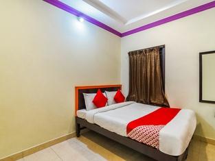 Oyo 37872 Gk Residency
