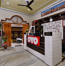 OYO 13086 Temple City Guest House