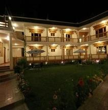 Hotel Ladakh Inn