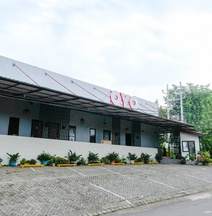 OYO 815 Double D9 Residence