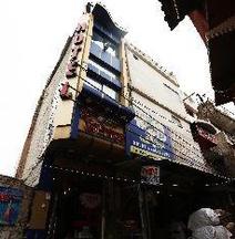 OYO 40079 Hotel Shri Abhinandan