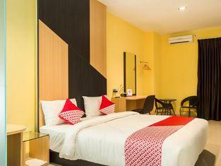 OYO 976 Baloi View Apartment