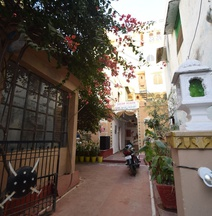 OYO 28730 Dream Heaven Guest House