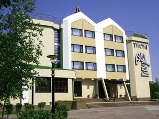 Cronwell InnTursunt Hotel