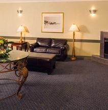 耶洛奈夫斯坦頓套房酒店