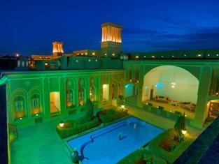 Laleh Yazd Hotel