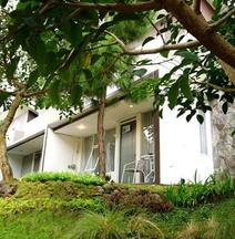 Mutiara Home Villa