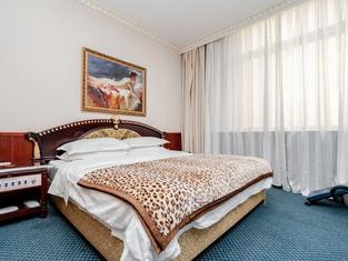 Taihe Hotel
