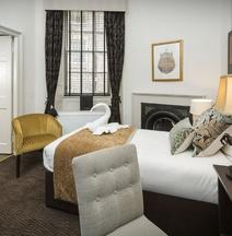 Albany Ballantrae Hotel