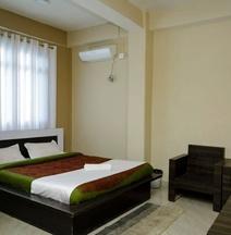Shirui Lily Hotel