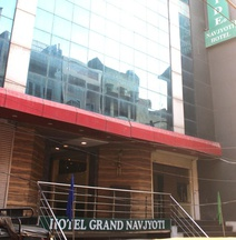 Hotel Parkside Grand Navjyoti
