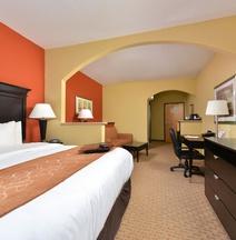 Comfort Suites Salina