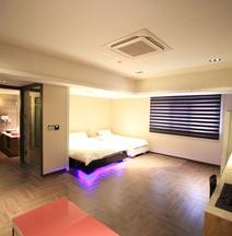 Cheongju Maryjane Hotel