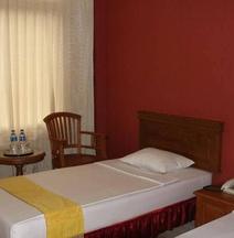 リンタス スマトラ ホテル