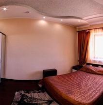 Hotel Complex La Mezon