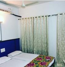 Hotel Shiv Tara