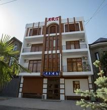 拉卡特藝術飯店