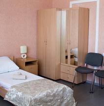 Kurgan Hotel