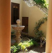 FN460- Charming Cozy Luxury Villa