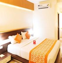 OYO 14406 Hotel Subashree