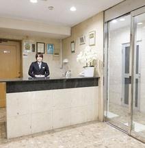 OYO43947築地阪商務酒店