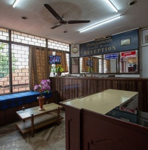 Spot On 40760 Sangamam Tourist Home Spot