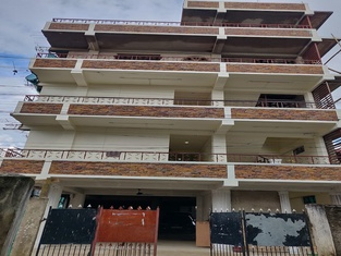 OYO 45654 Saw Aiom Residency