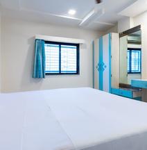 Spot On 42793 Hotel Gurukrupa Spot