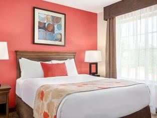 Hawthorn Suites by Wyndham Decatur