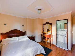 Hotel El Virrey Centro
