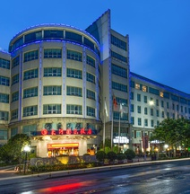 Dahe International Hotel (Zhengzhou Futa Center)