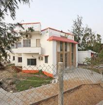 OYO 27697 Baguihati Guest House