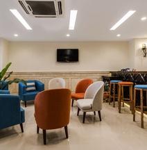 Ibiza Riverfront Hotel
