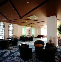Manzhouli Grand Hotel