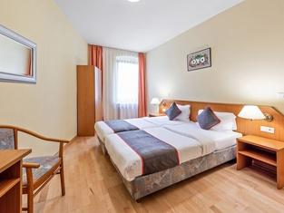 OYO Hotel Bohemia