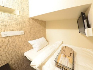 Hotel Cabin Style-Male Only