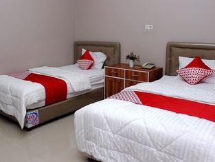 OYO 783 Grand Mentari Residence
