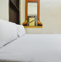 Spot ON 46571 Hotel Setia