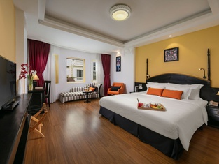 Hotel Des Arts - The Noble