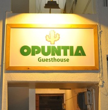 Guesthouse Opuntia - Hostel