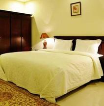 Capital O 162 Brzeen Hotel