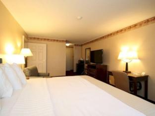 Fireside Inn & Suites Portland